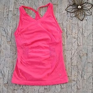 OLD NAVY HOT PINK SPORT TOP WOMENS